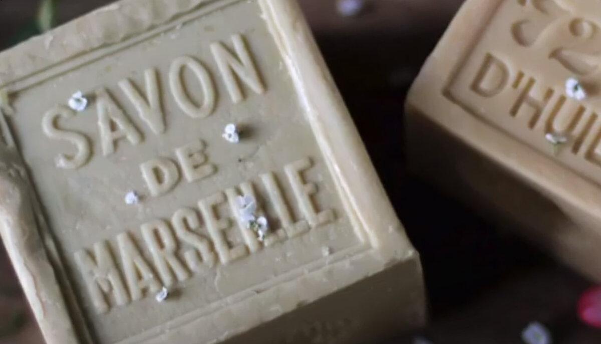 Я просто влюбилась в марсельское мыло. Теперь кожа нежная, увлажнённая и никакой сухости