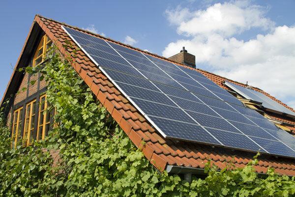 Фото: eenergy.media/wp-content/uploads/2018/04/Solar_Energy_home2.jpg