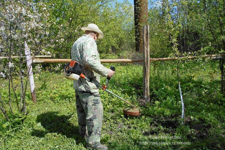 4 способа избавиться от сорняков вдоль забора, бордюров, дорожки (плюс лучший способ от сорняков на 7 лет)