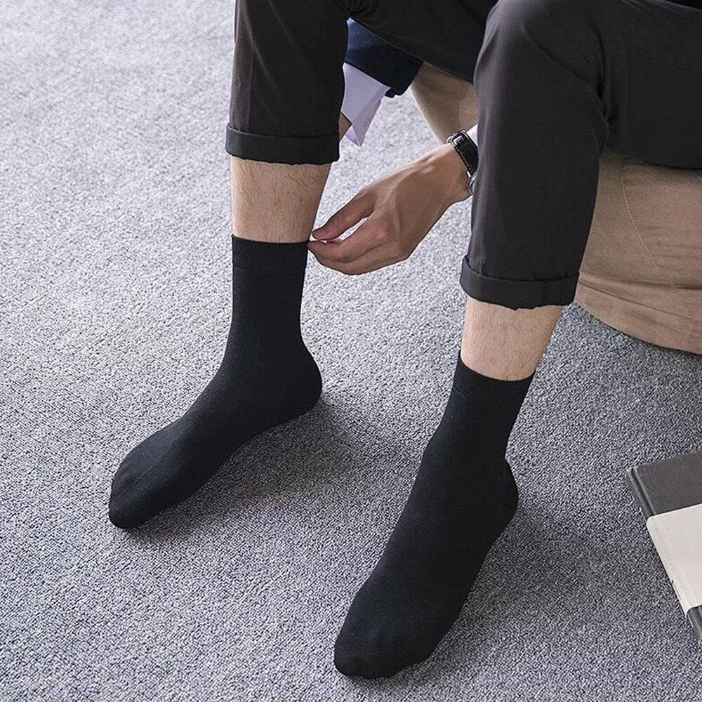 Мой муж ходил по квартире в моих капроновых носках. Рассказываю зачем