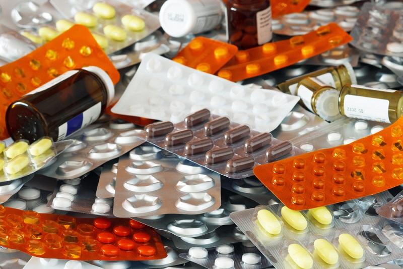 Полный список работающих лекарств, которые должны быть в доме. Сосудистые препараты — если в доме есть пожилые люди.