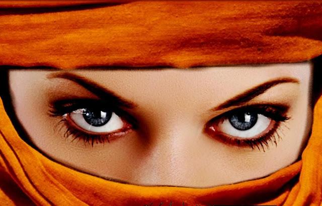 Мудрая арабская пословица, адресованная женщинам, несчастным в личной жизни
